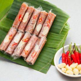 Nem chua món ăn hấp dẫn ngày Tết ở miền Trung