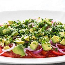 Salad cà chua bò là món ăn phòng chống ung thư rất tốt