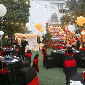 Đặt tiệc sinh nhật tại nhà hàng hải sản San Hô Đỏ (Hà Nội)