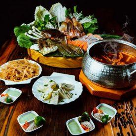 Set lẩu Hải sản tại nhà hàng Vườn Bia Hà Nội