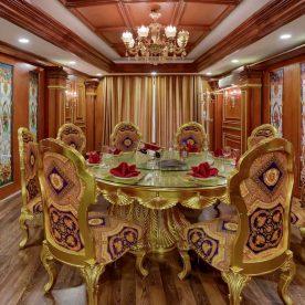 Nhà hàng phòng riêng sang trọng để tiếp khách cho 6-8 người