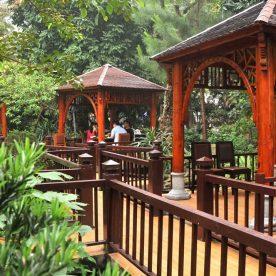 Nhà hàng ngon ở Hà Nội: Hải sản San Hô Đỏ - Nguyễn Thị Thập, HN